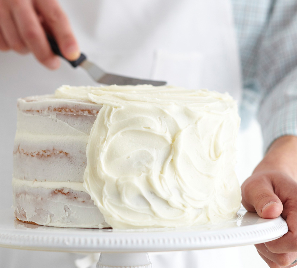 How To Frost A Cake Traditional Home