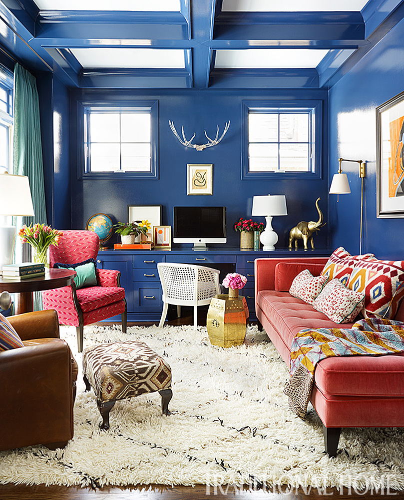 Never One To Shy Away From Vibrant Color Designer Summer Thornton Lacquered The Study Walls Cobalt Blue And Incorporated Coral Accents Furnishings