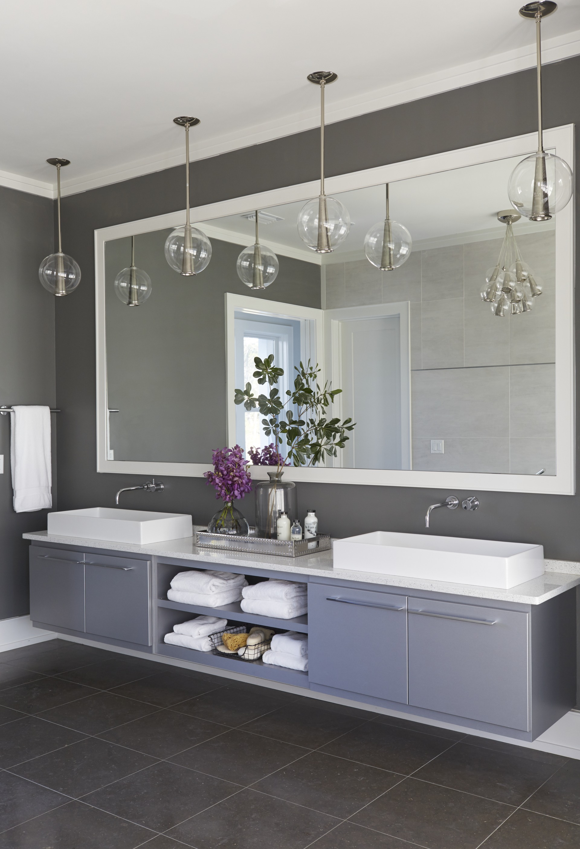 Inside This Issue Dream Kitchens Baths Traditional Home