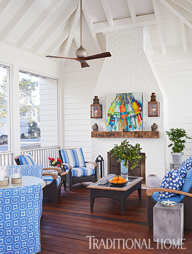 A screen porch keeps pesky bugs out
