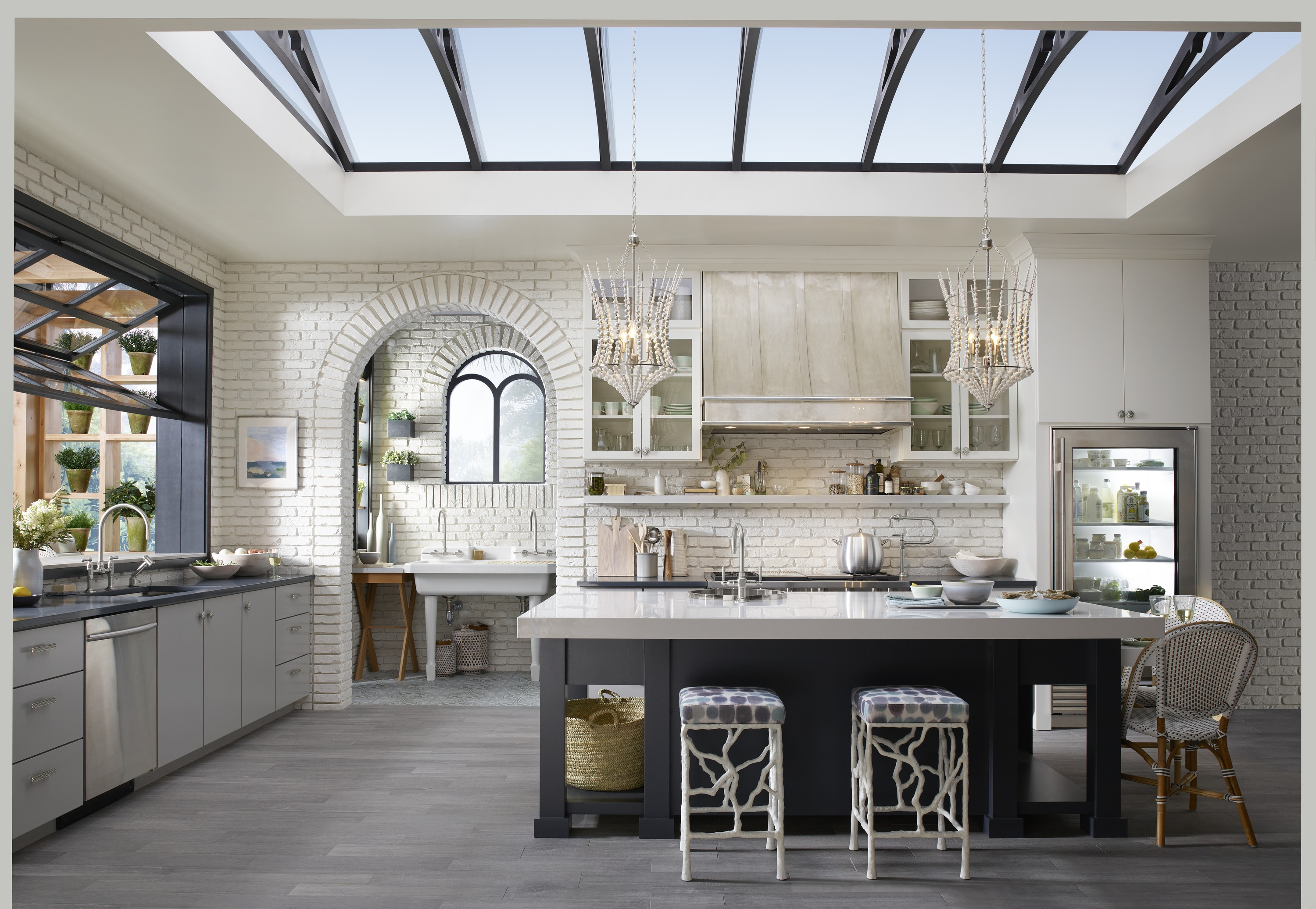Light In The Kitchen A light filled kitchen traditional home this kitchen covers all the bases of function with zones for prepping cooking grilling and gatheringinside and out and it does it all in style workwithnaturefo