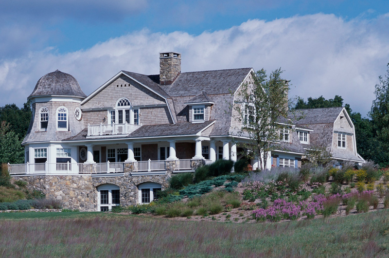 Get the look shingle style traditional home for Shingle style beach house plans