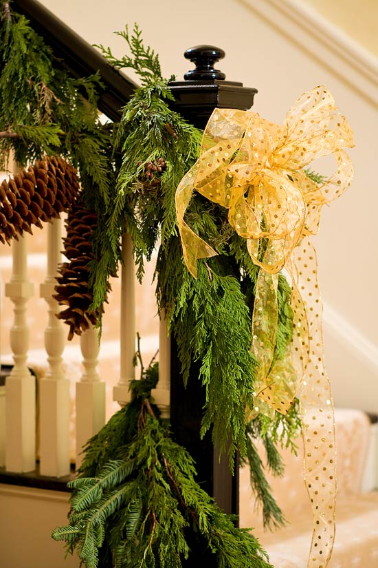 Colorful Christmas In A Colonial Traditional Home - Colonial christmas decorating ideas