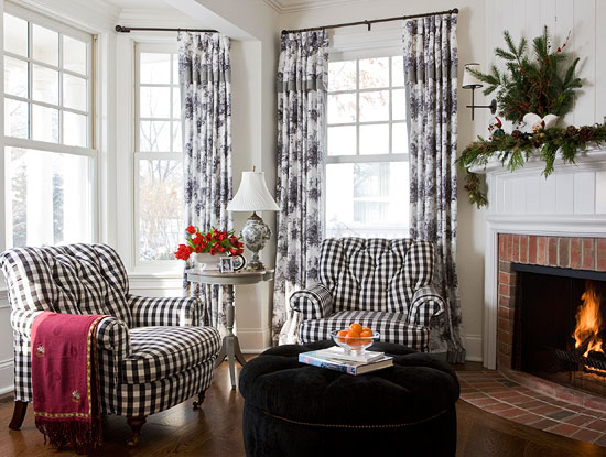 Black Toile Decorating: Dazzling Rooms Featuring Black And White