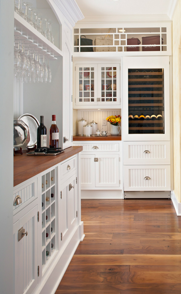 Get organized butler s pantries traditional home for Butlers kitchen designs