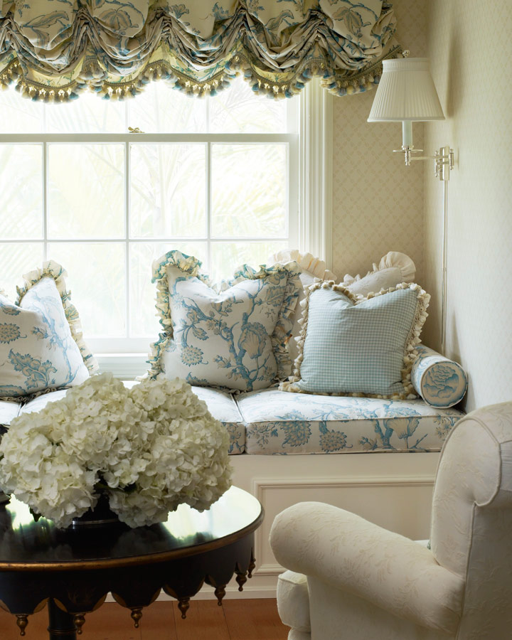 + ENLARGE & Decorating Ideas: 15 Window Seats | Traditional Home