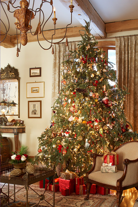 enlarge - Beautiful Homes Decorated For Christmas