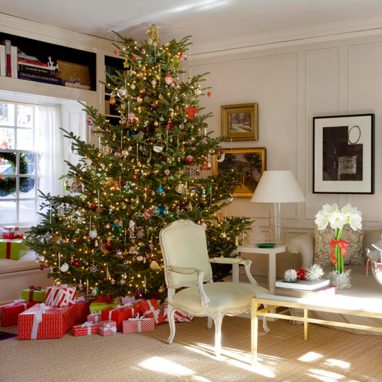 + ENLARGE - Decorating: Christmas Trees Traditional Home