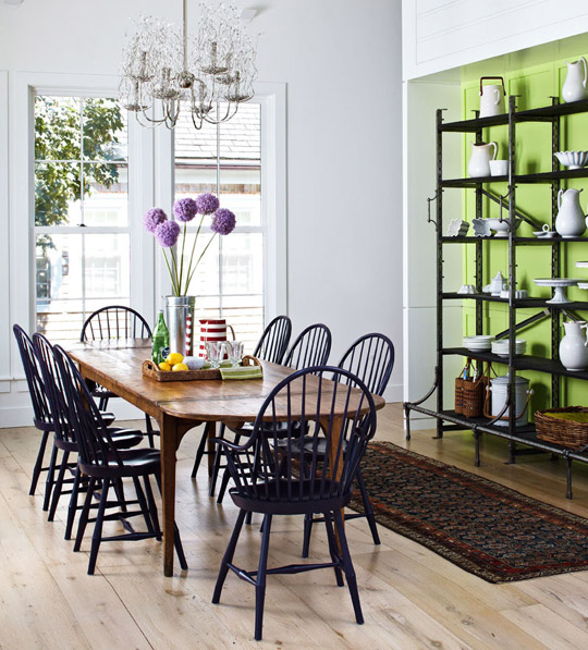 Casual Dining Rooms With Ease And Comfort