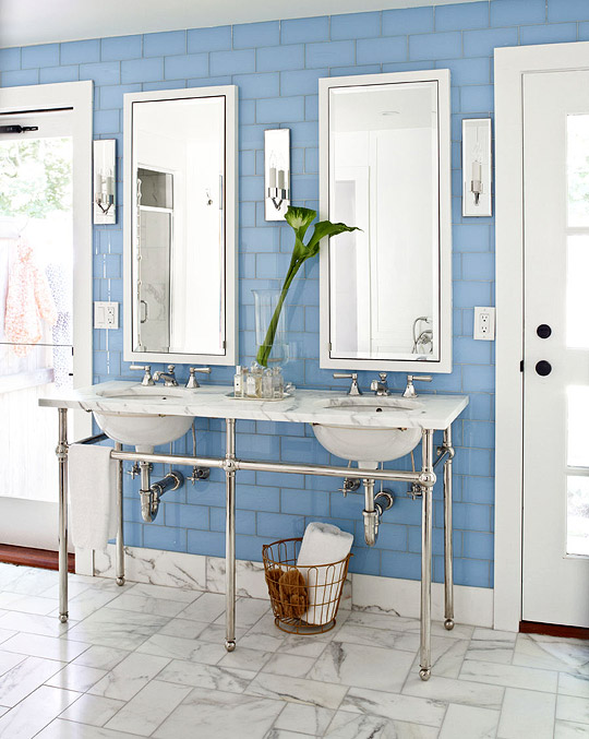 Decorating ideas for blue and white bathrooms for White and blue bathroom ideas