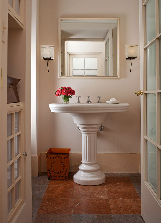 Create a smashing powder room traditional home - Powder room sink ideas ...