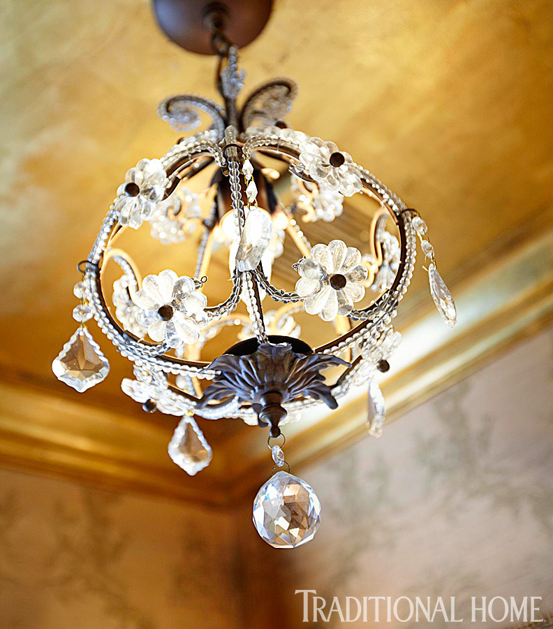 Romantic rooms and decorating ideas traditional home - Sparkling small crystal chandelier designs for any interior room ...