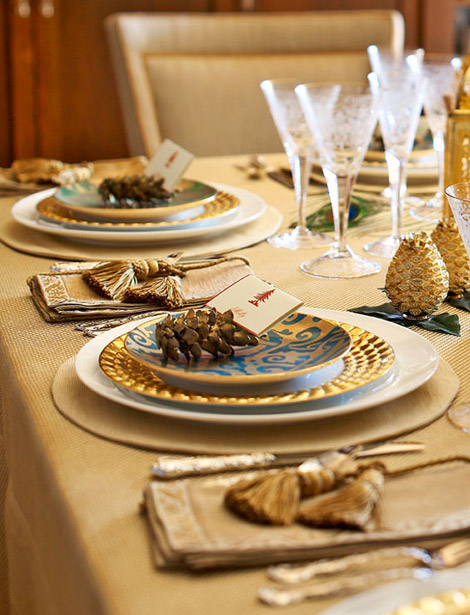 ... Planner Rachel Hollis Created A Gorgeous Tablescape That Dazzles With  Festive Jewel Tones And Gold. Elegantly Etched Crystal And Table Linens  Adorned ...