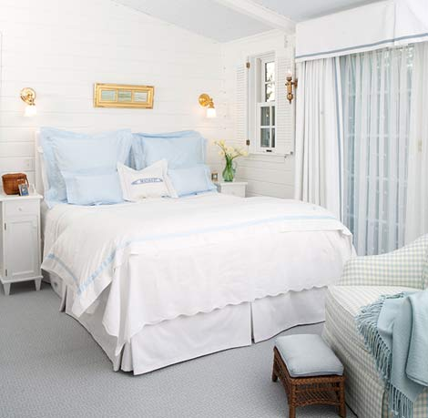 Beautiful Rooms in Blue and White | Traditional Home on blue and green bedrooms, coastal bedrooms, dark blue bedrooms, blue bedroom accessories, blue beach themed bedrooms, paint colors for bedrooms, decorating small bedrooms, blue cottage bedrooms, blue box, blue master bedroom, blue and yellow bedroom, blue bedrooms for girls, blue bedroom inspiration, blue white art, cool bedrooms, blue white screening, blue living room, navy blue and silver bedrooms, classy blue bedrooms, beautiful bedrooms,