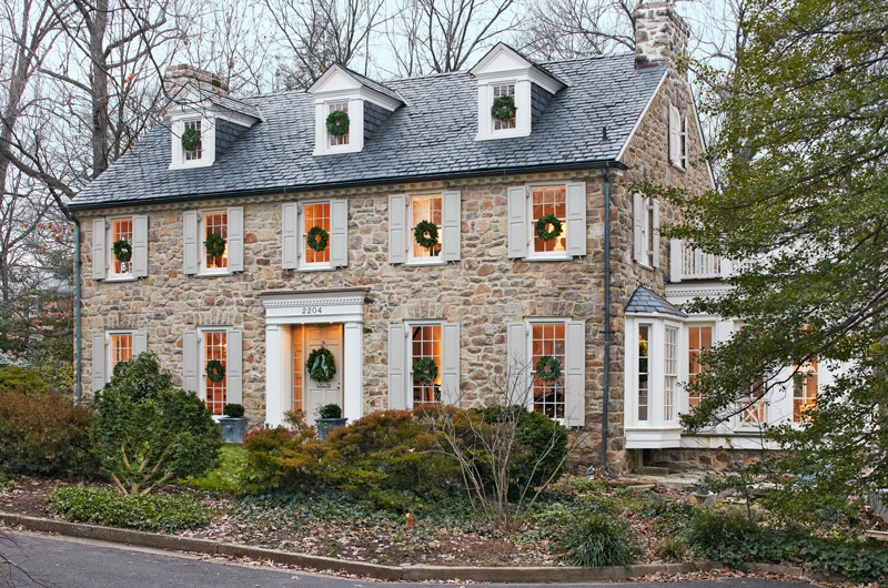 Get the look colonial style architecture traditional home for Traditional house style