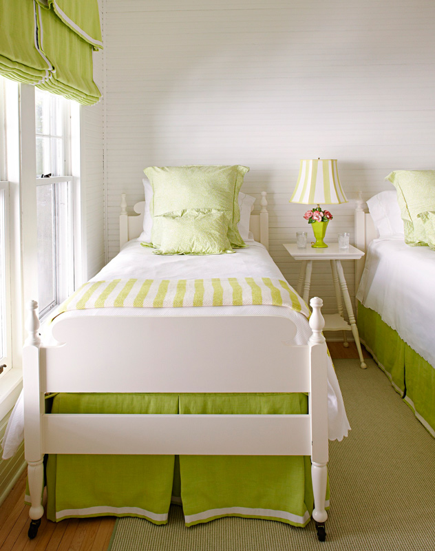 Stylish Storage Ideas For Small Bedrooms Traditional Home Awesome Organizing A Small Bedroom