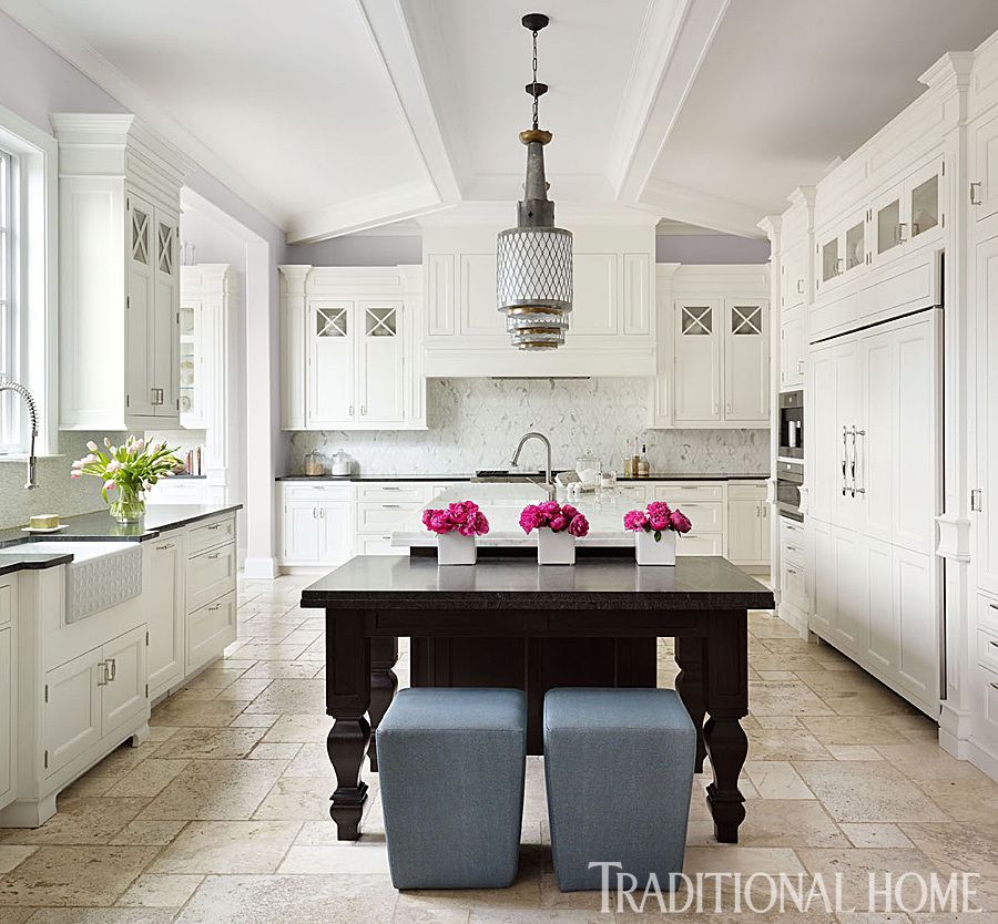 Classic Kitchen Tailored For Entertaining