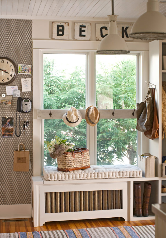 Pleasing Decorating Ideas 15 Window Seats Traditional Home Pabps2019 Chair Design Images Pabps2019Com