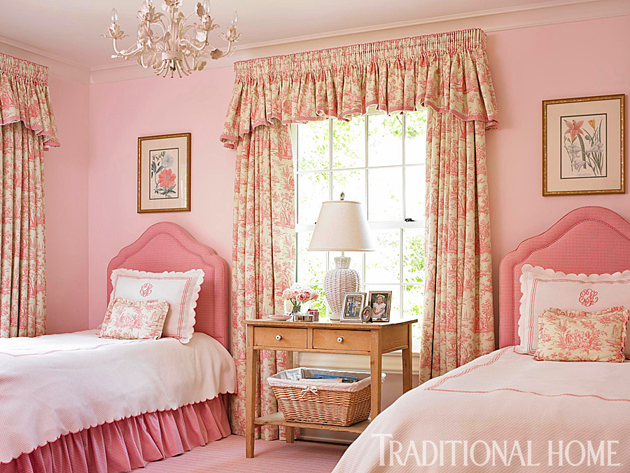 Bedroom Decorating Ideas Totally Toile: Pastel Palette In An Historic Home
