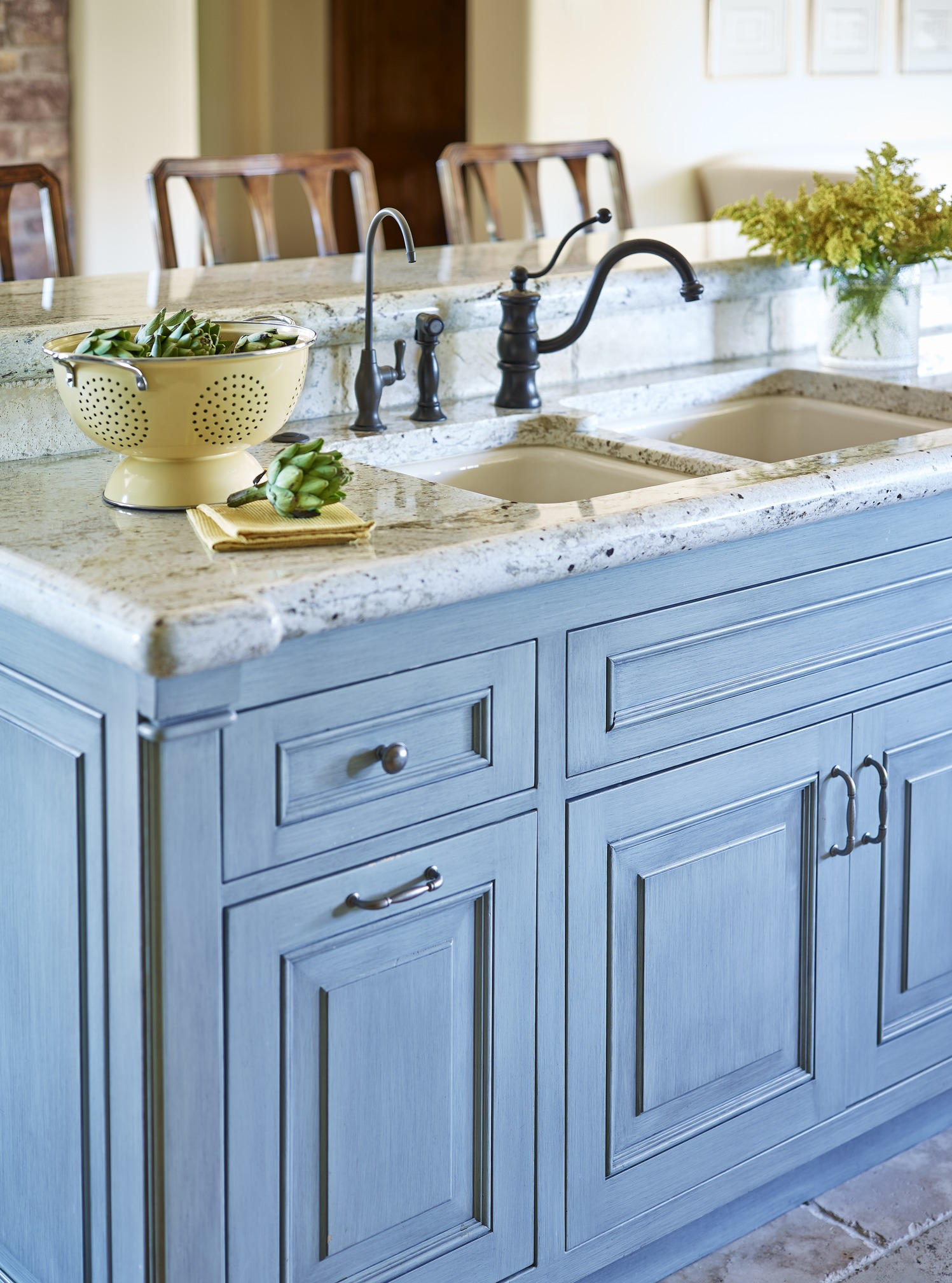 Color Confidence: Playing the Blues   Traditional Home