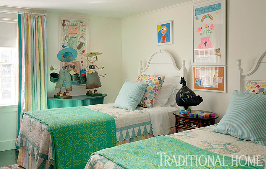A designer 39 s nantucket summer home traditional home for Traditional home bedrooms
