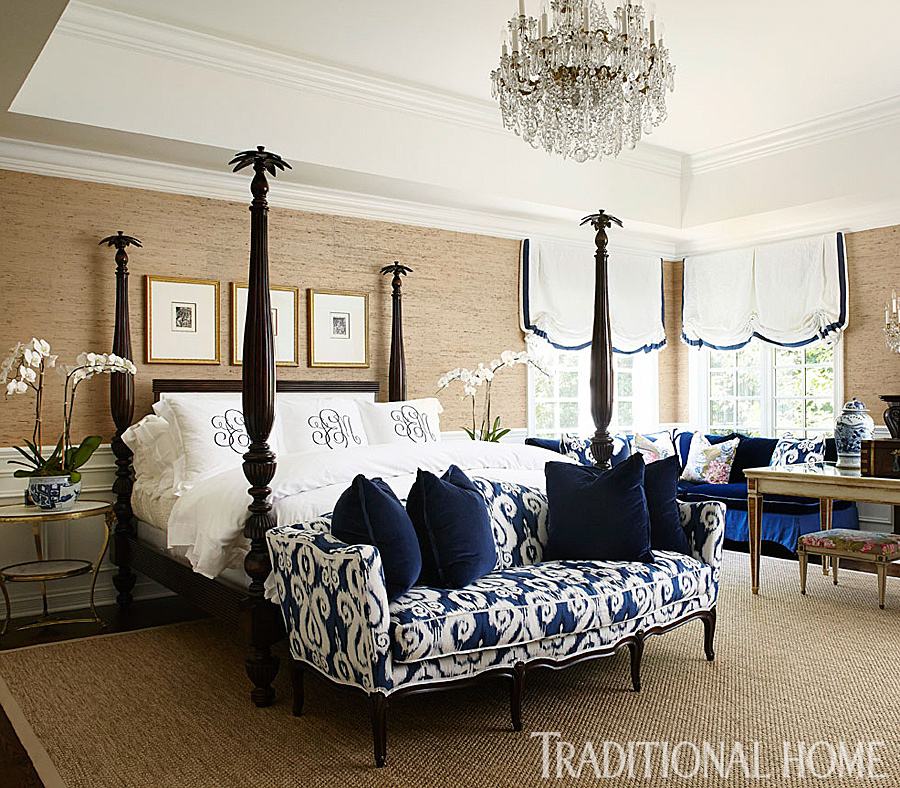 Make a pretty bed traditional home for Traditional home bedrooms