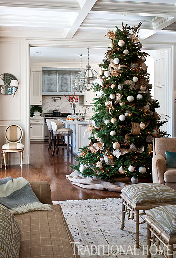 Christmas In A California Home With A Neutral Palette