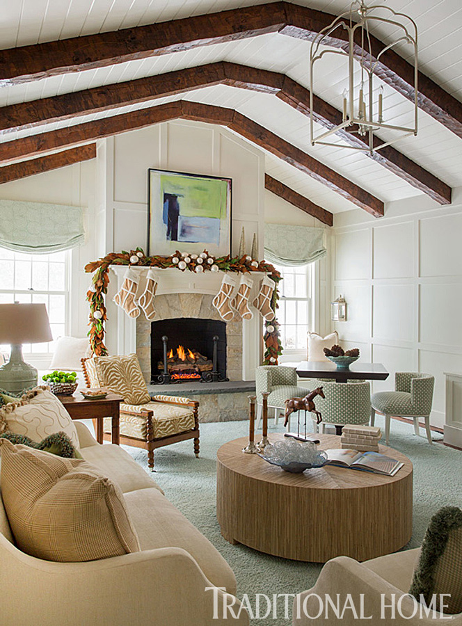 Happy Holidays in a Cheerful New England Home | Traditional Home