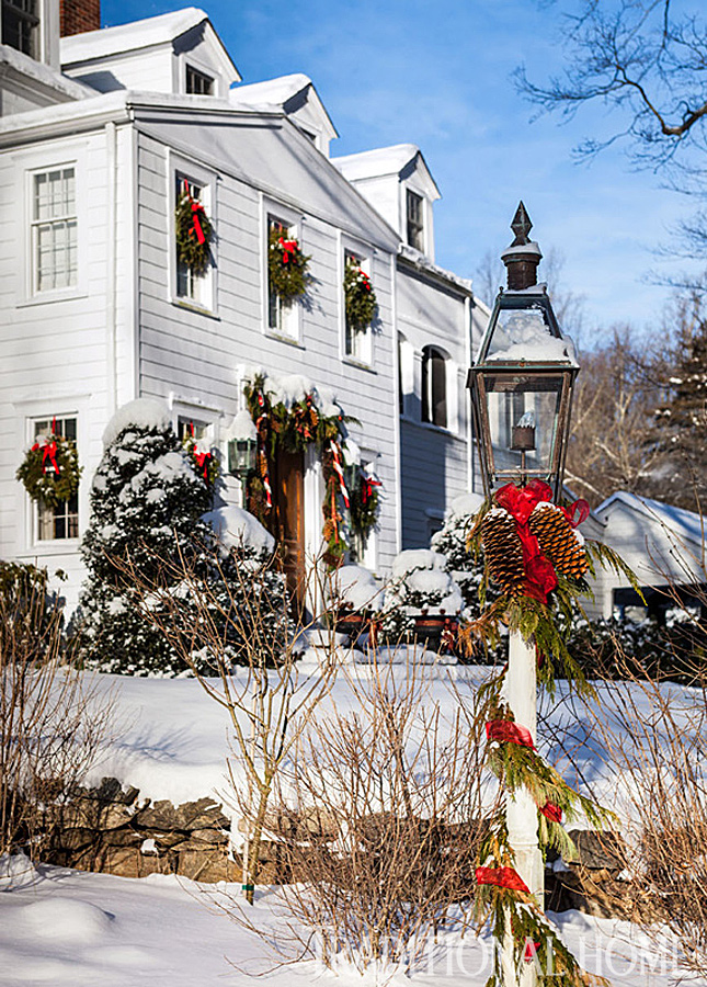 Christmas in a new england clapboard traditional home Holiday decorated homes
