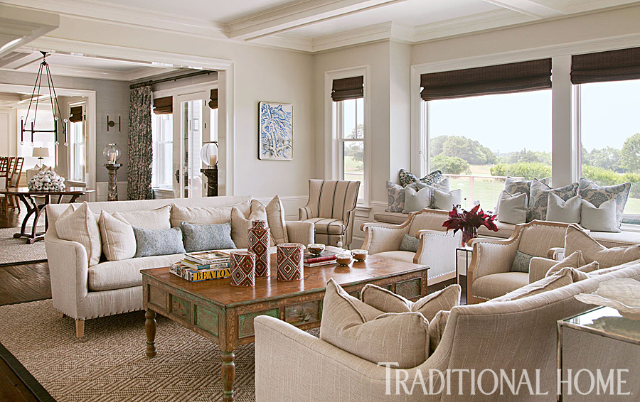 Beautiful Traditional Home Interiors: Lovely New England Summer Home With Neutral Palette