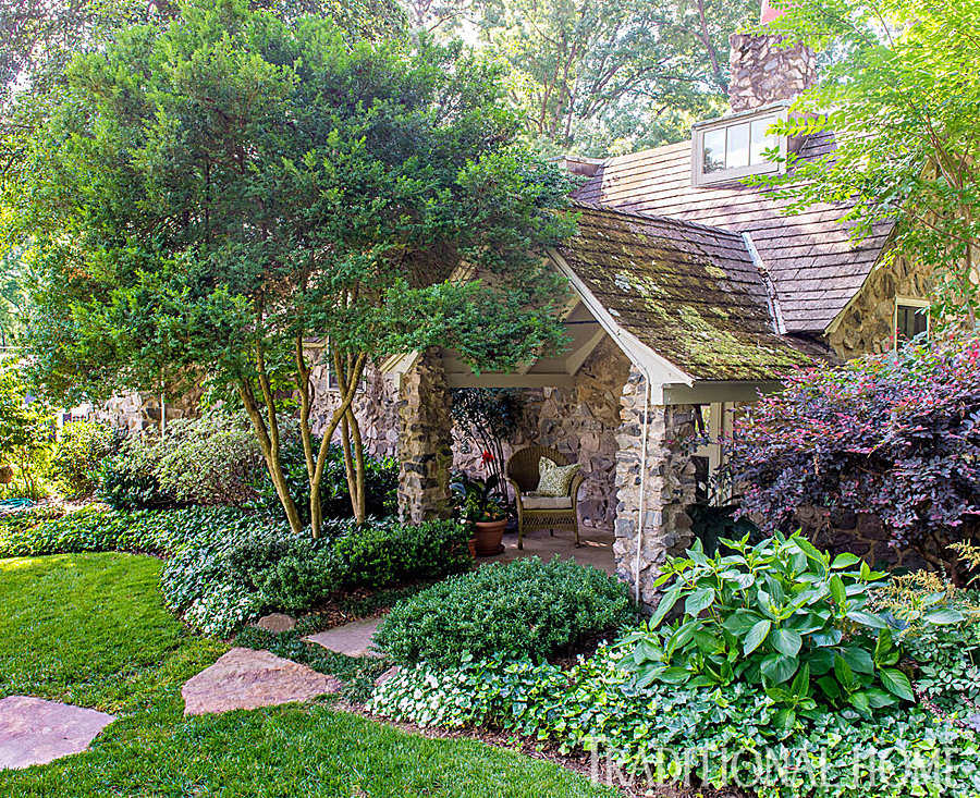 Richmond Garden Filled With Charm | Traditional Home