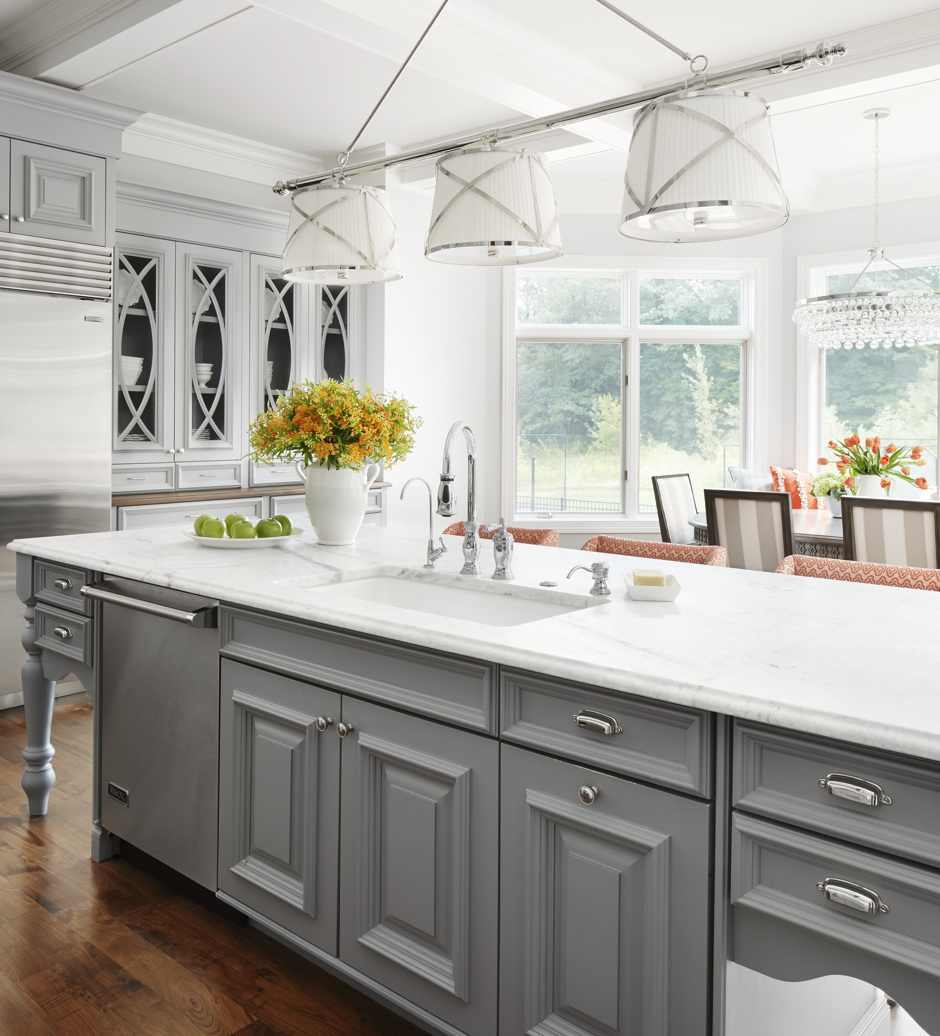 Minnesota Kitchen Cabinets: Midwest Kitchen That's Gorgeous In Gray