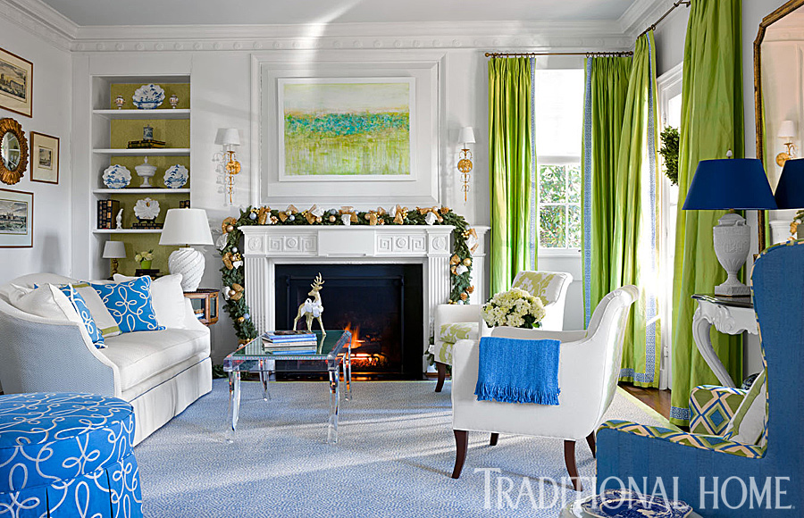 Stephanie Kraus Designs Blue And White Living Room A: Cheerful Virginia Home Ready For Christmas