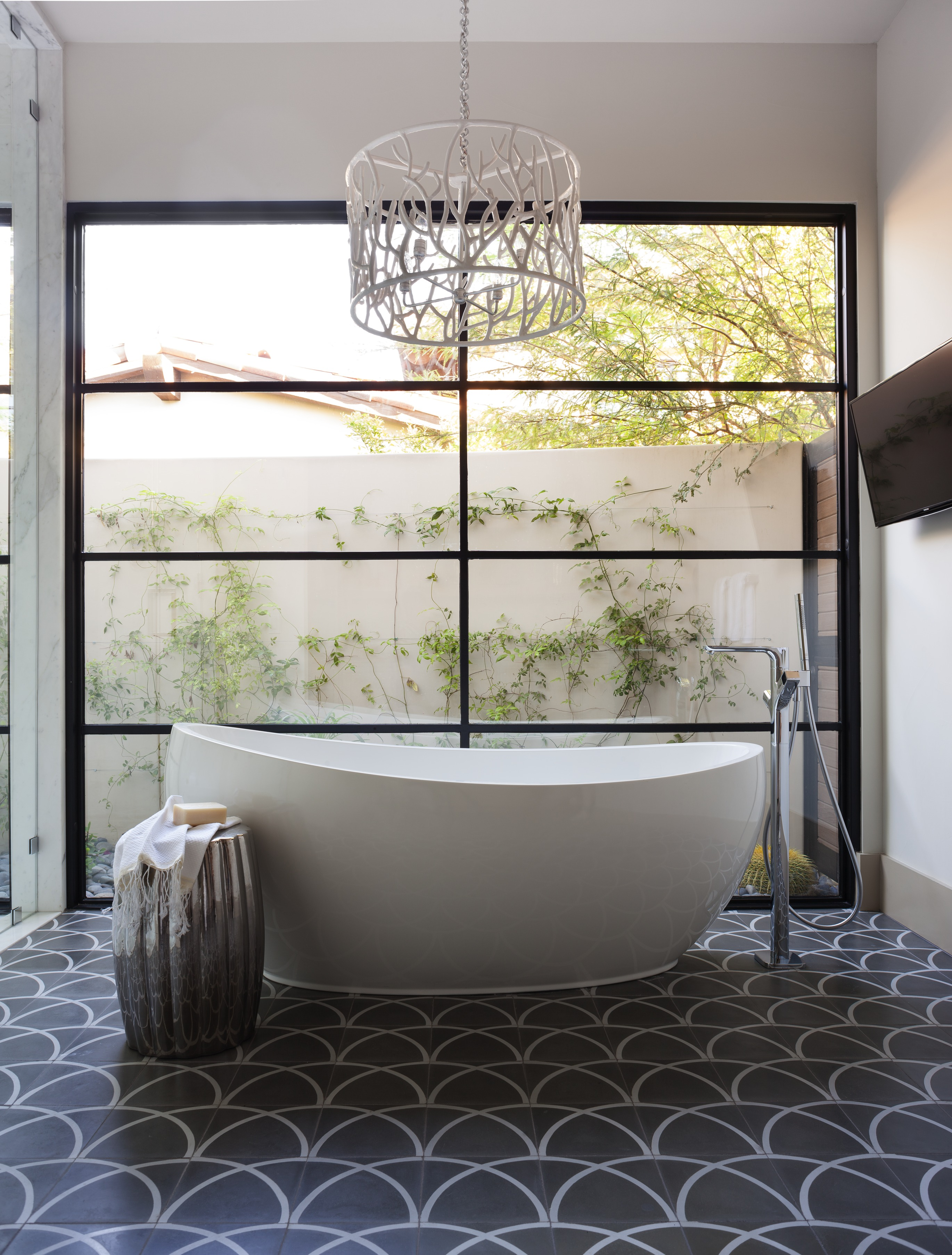 Bathroom Light Fixtures that Wow | Traditional Home