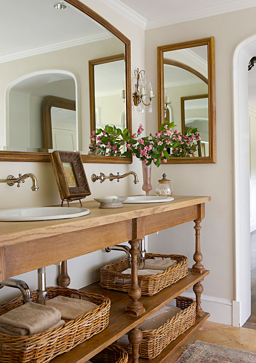 Design Ideas For Neutral Color Master Bathrooms