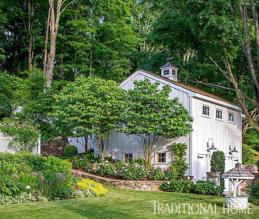 Beautifully Landscaped Getaway Traditional Home - Art barn a romantic green house by robert young connecticut usa
