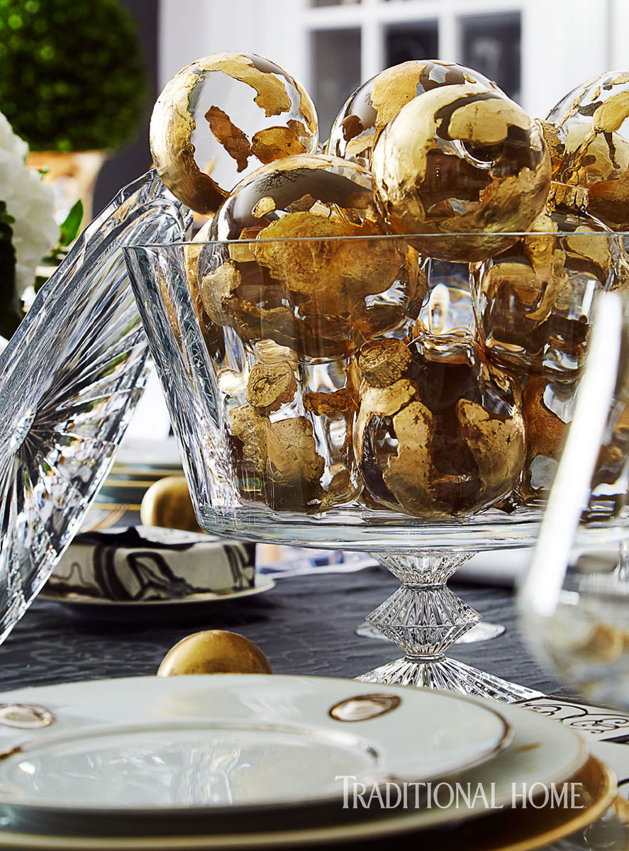 Holiday Gathering With Sparkle And Shine Traditional Home