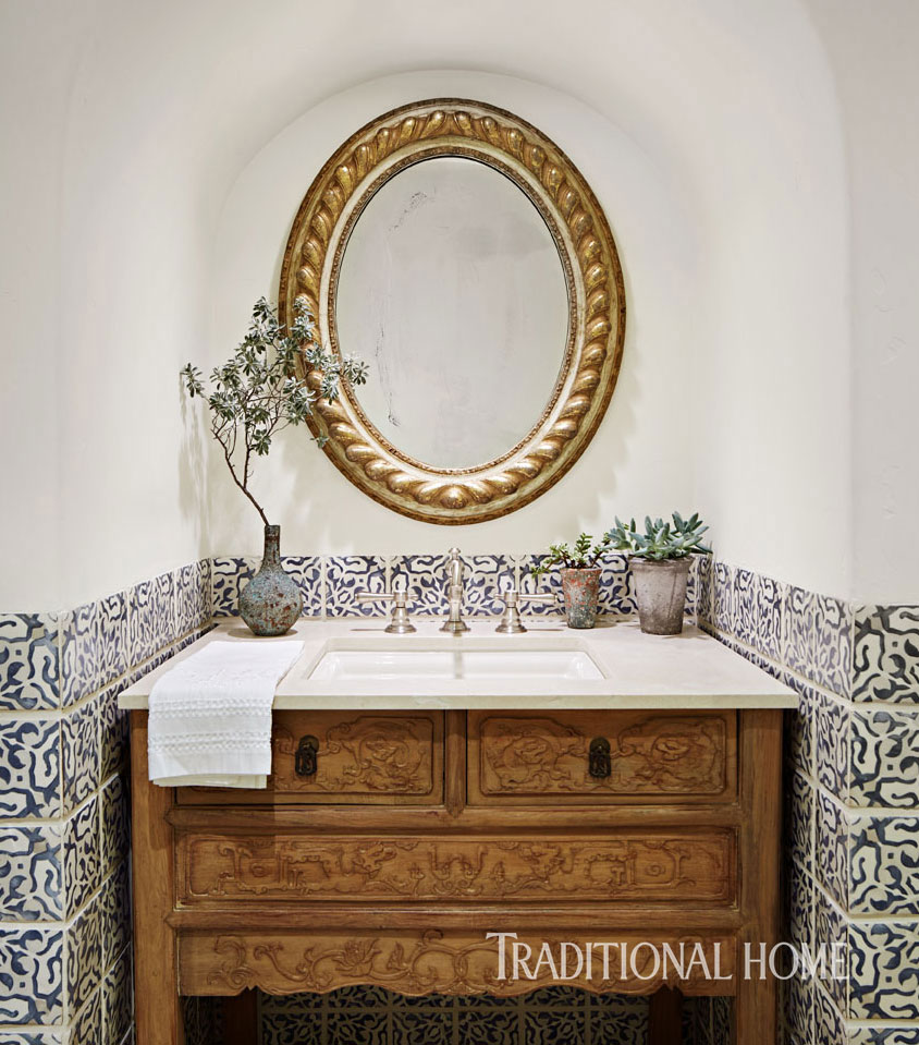 Bravura Tile Designs For Bathrooms Traditional Home - Elegant-traditional-bathrooms