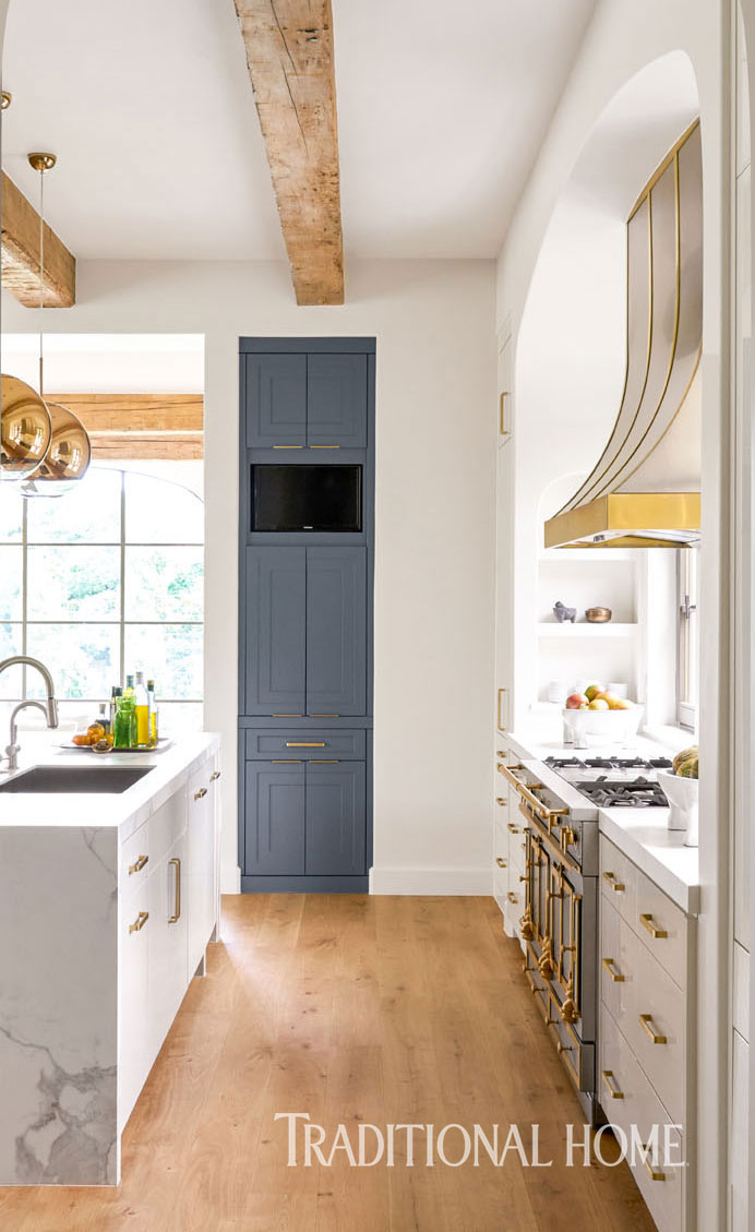 Functional Amp Stylish Dallas Kitchen Traditional Home