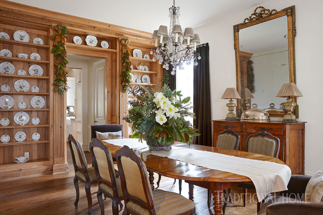 Holiday Whispers In An Alabama Home