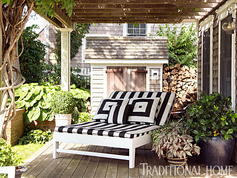 15 Peaceful Places to Relax & Unwind | Traditional Home
