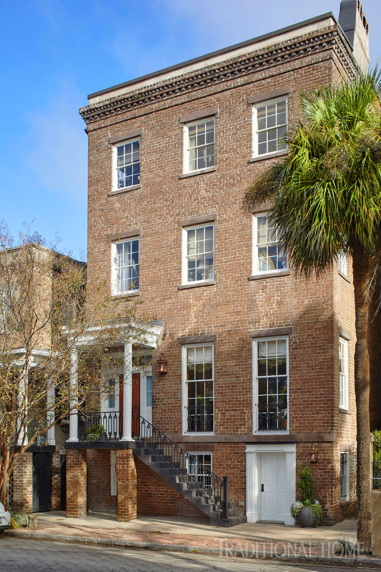 Beautiful Savannah Showhouse Traditional Home