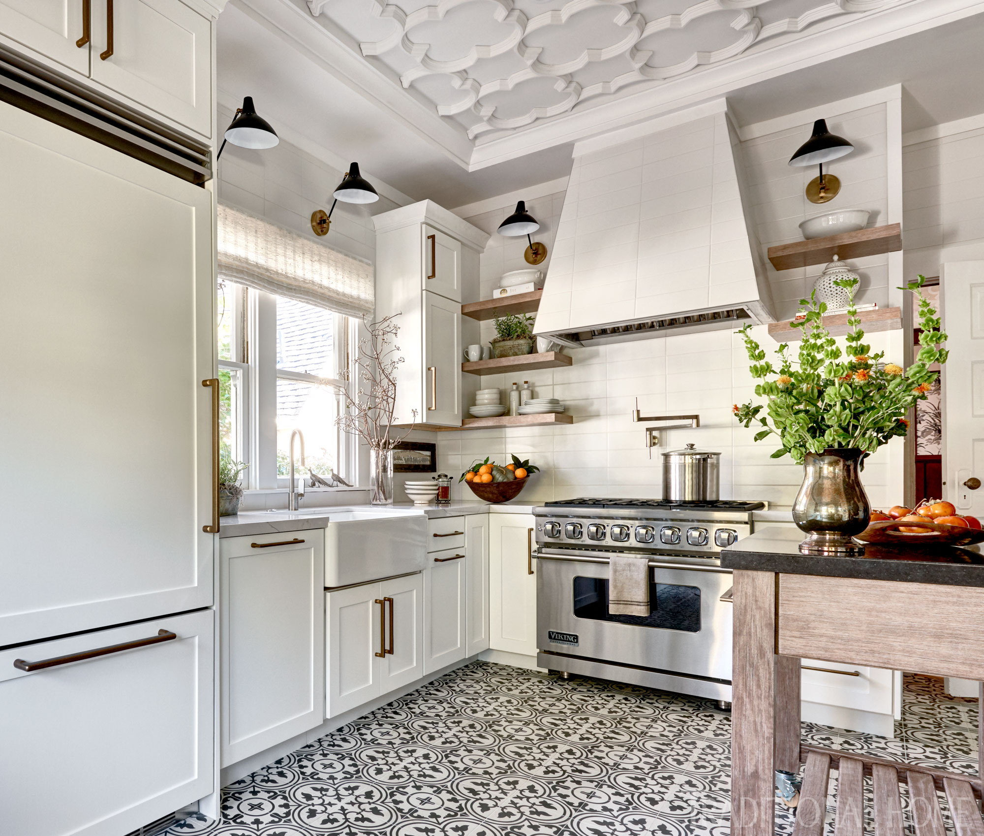 Home Design Ideas For 2019: Get The Look: Farmhouse Style