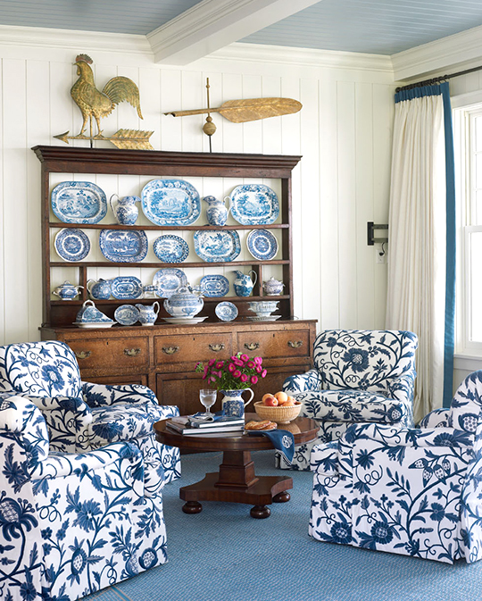 navy and white living room.  ENLARGE Beautiful Rooms in Blue and White Traditional Home