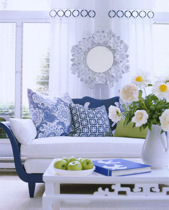 Beautiful Rooms In Blue And White Traditional Home Enchanting Blue And White Living Room Decorating Ideas