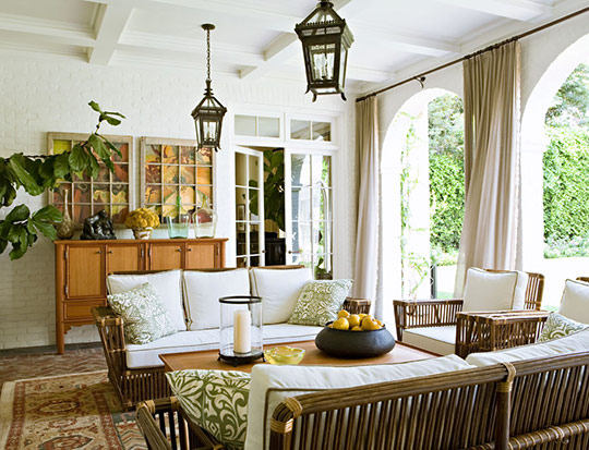 Elegant And Comfortable Traditional Home