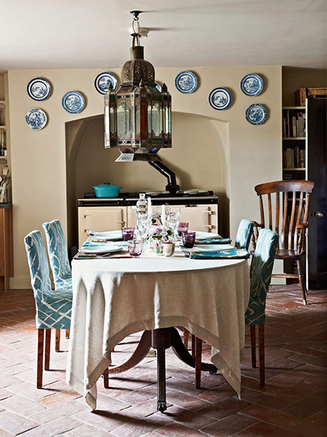 Farmhouse Dining Room Casual Rooms With Ease And Comfort  Traditional Home