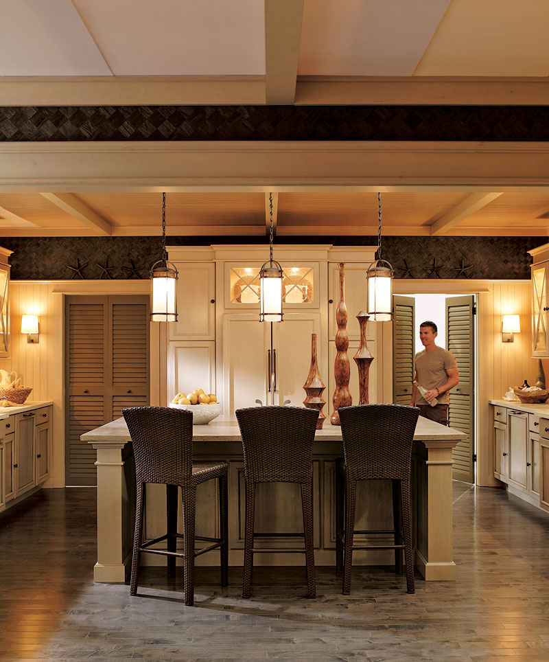 An everyday escape the traditional home nkba kitchen for Traditional home kitchens