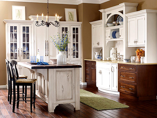 Kitchen updates that pay back traditional home - Highlands designs custom kitchen cabinets ...