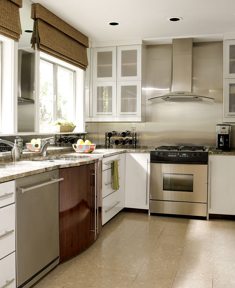 Kitchen Cabinets Small Space: Beautiful, Efficient Small Kitchens